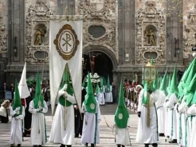 De blanco y verde