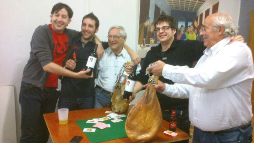 Sr.Oliván-Sr. Charte flamantes ganadores de la primera edición del copón de oro